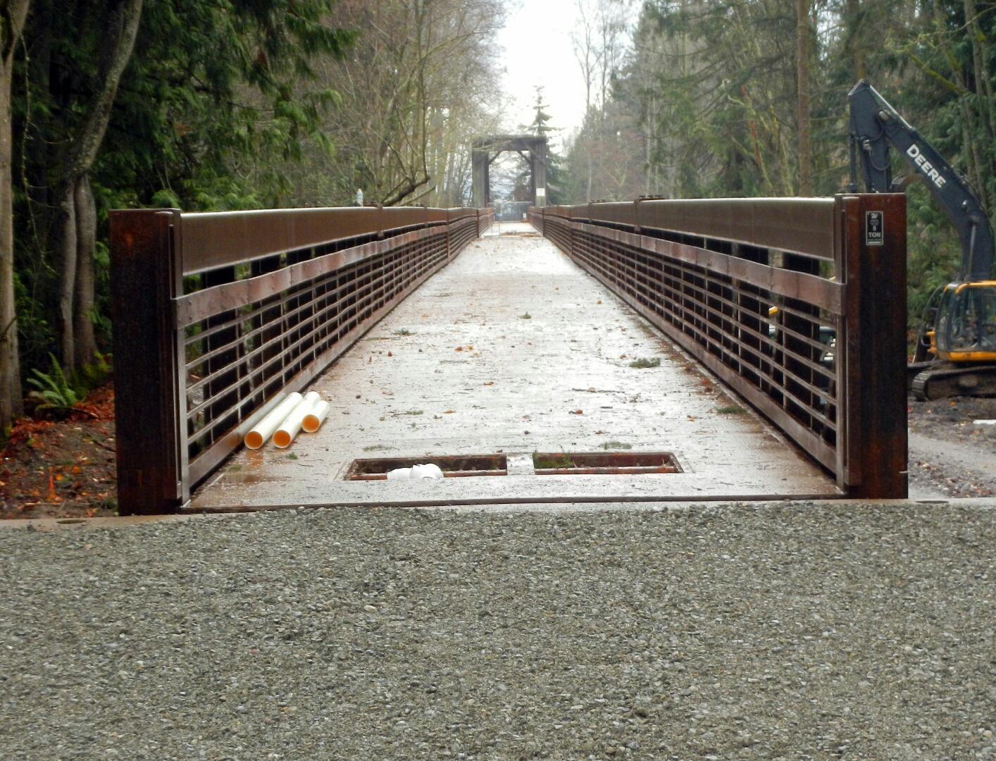 Dungeness Pedestrian Bridge 12-08-15-01.jpg