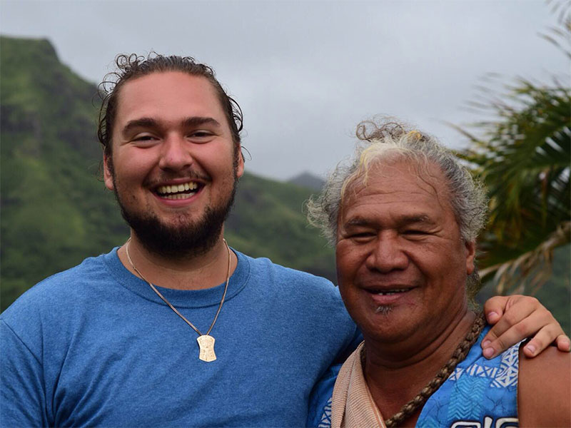 Spencer Greening, from the Gitga'at Nation on the north coast of British Columbia, making friends with respected Hawaiian elder and knowledge holder.