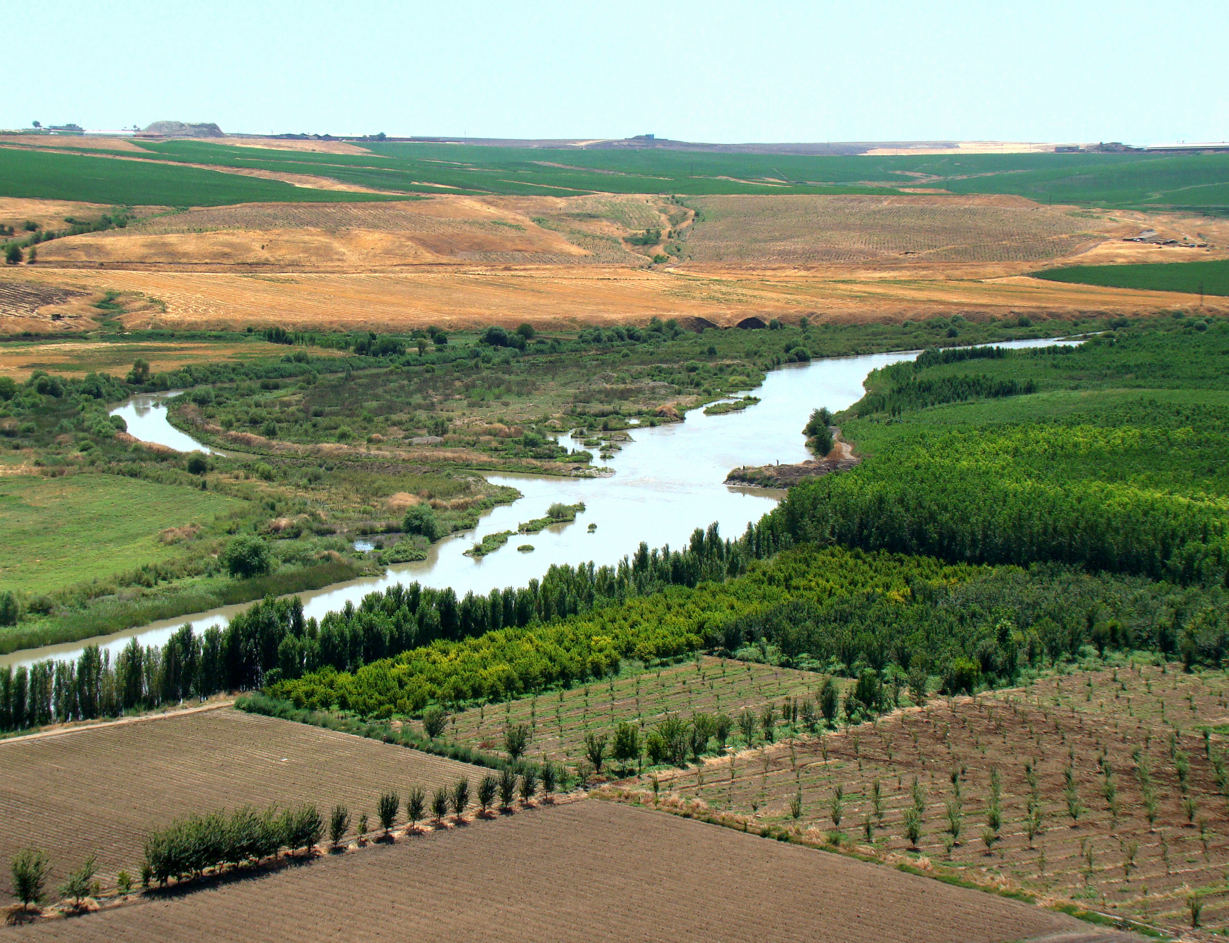 Tigris River at Diyarbakir Turkey (By Bjørn Christian Tørrissen - CC BY-SA 3.0)