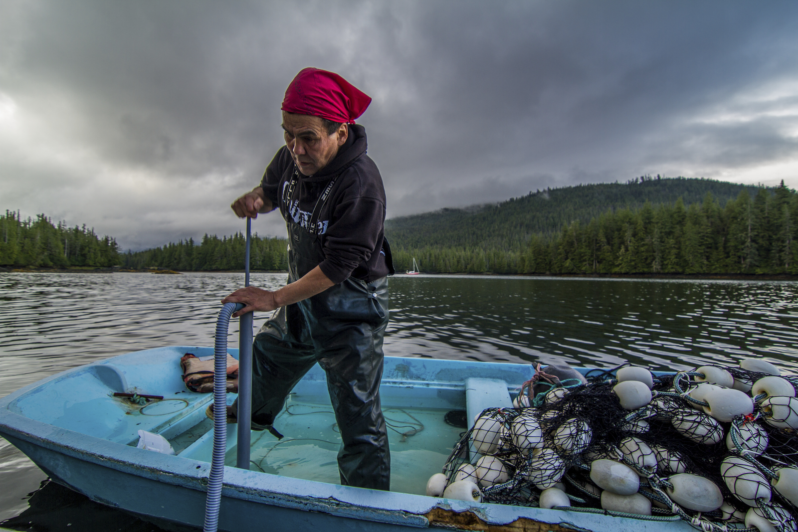 "Mayor Anthony ""Tony"" Christianson seine fishes for salmon in Eek Inlet near Hydaburg on Prince of Wales Island in Southeast Alaska. Photo credit: © Erika Nortemann/TNC"