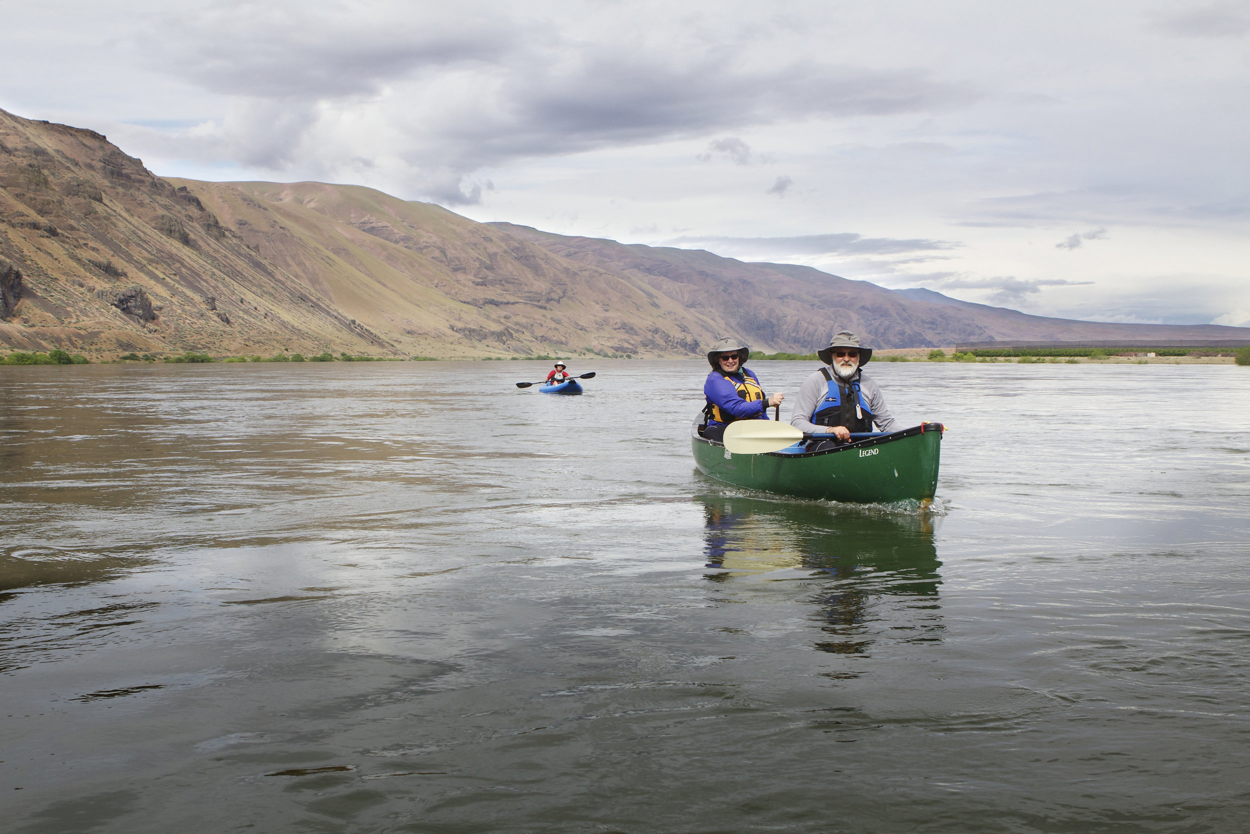 Canoeing on the Columbia River in the Hanford Reach National Monument. Photo by Michael Deckert.