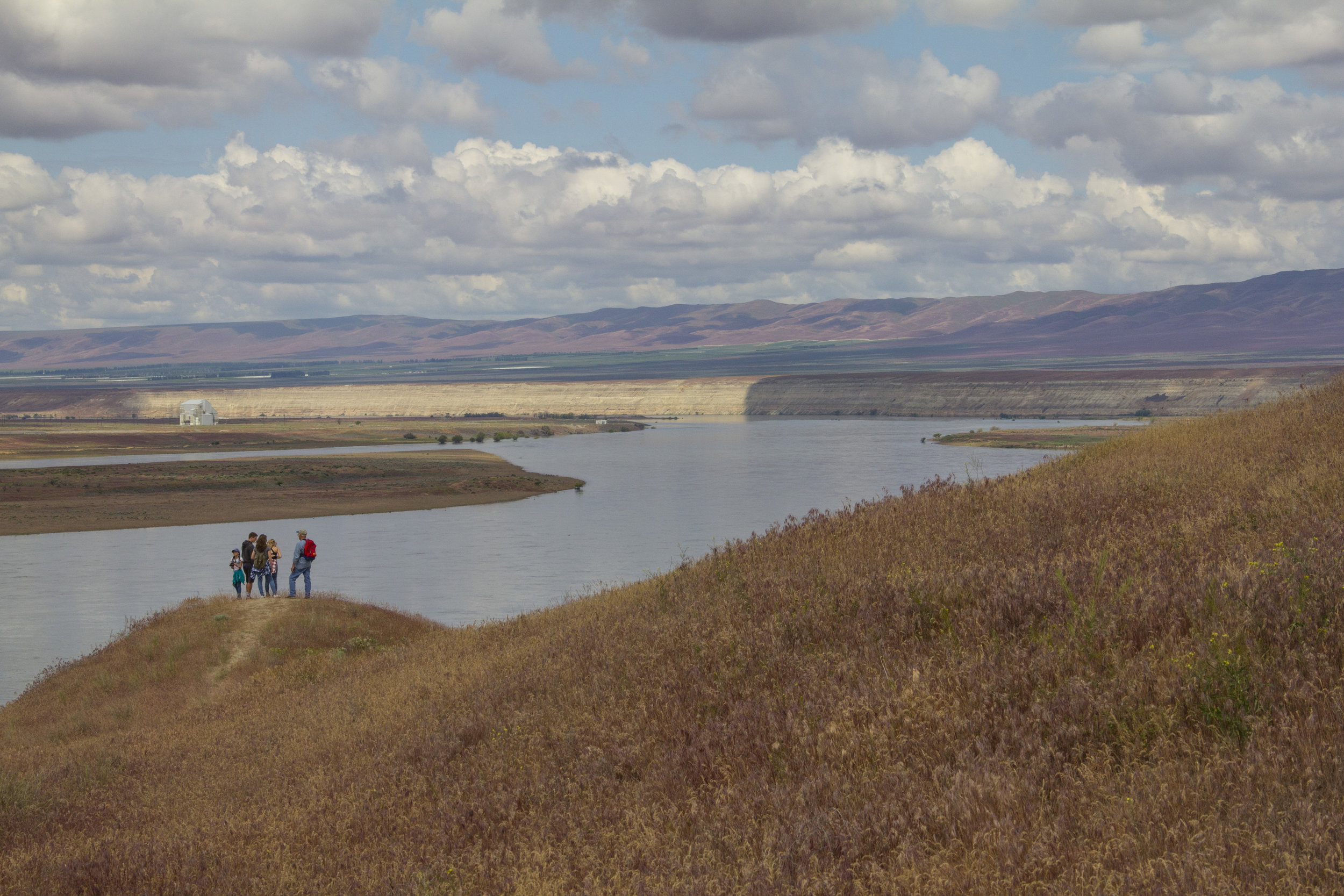 A family enjoys the view above the White Bluffs in the Hanford Reach National Monument. Photo by Joel Rogers.