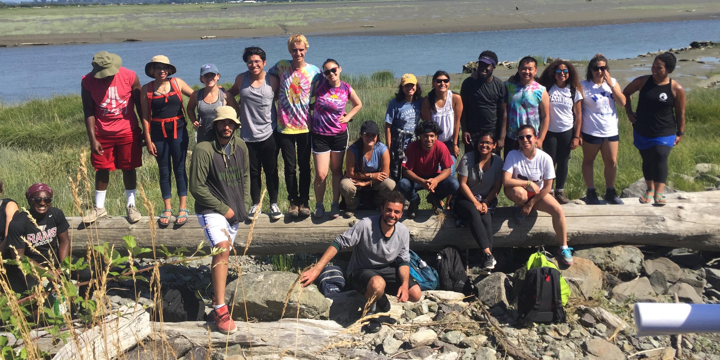 Doris Duke Conservation Scholars touring the Skagit Valley. © TNC