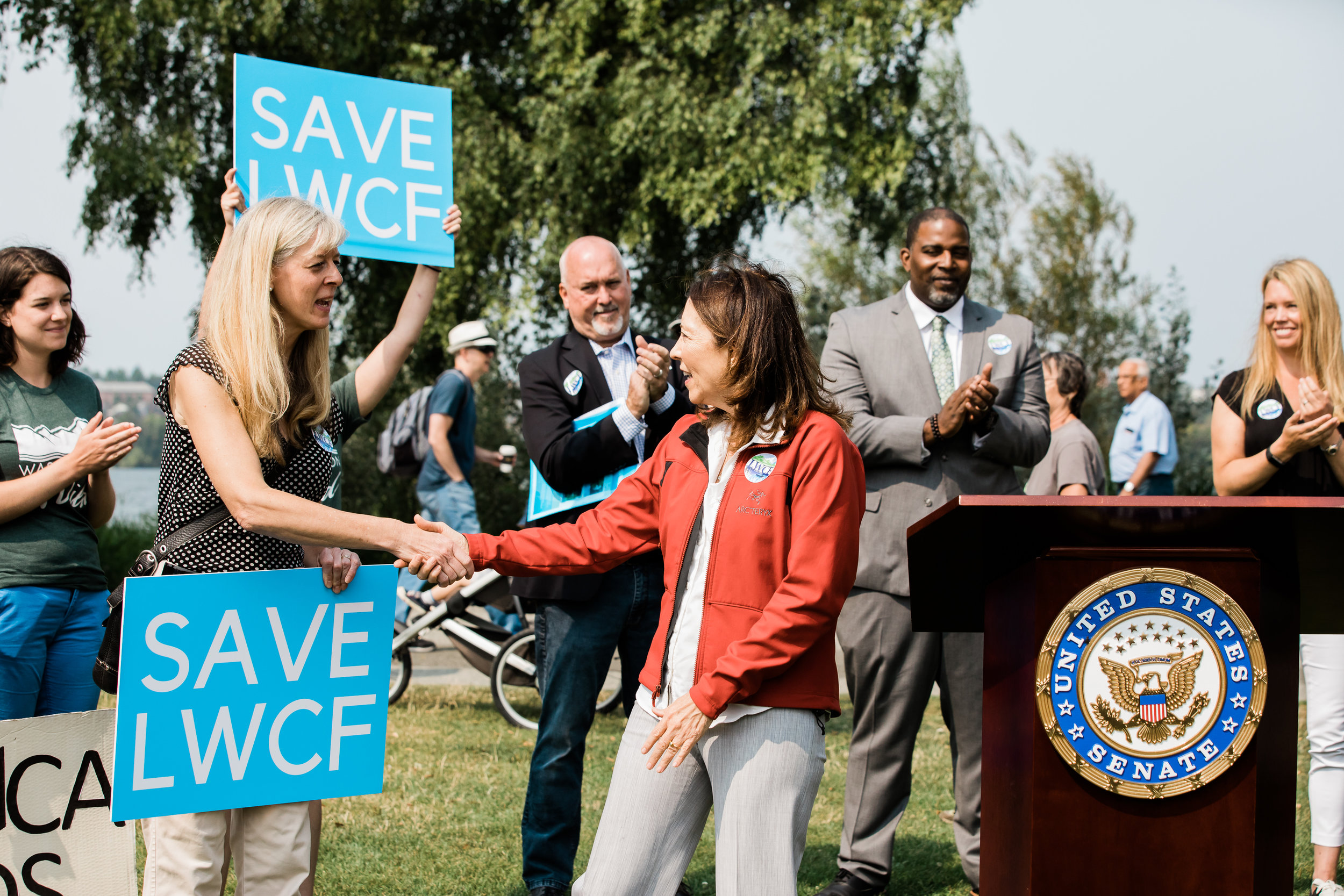 We are part of a nationwide coalition of more than 1400 organizations calling for permanent reauthorization and full funding for LWCF. Here, Joanna Grist from the national  LWCF Coalition  shakes hands with Sen. Cantwell. Photo by Stevie Rotella