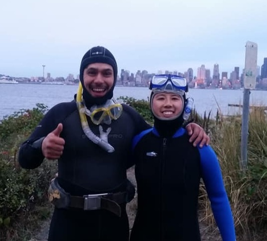 Alfonso and friend before diving in West Seattle