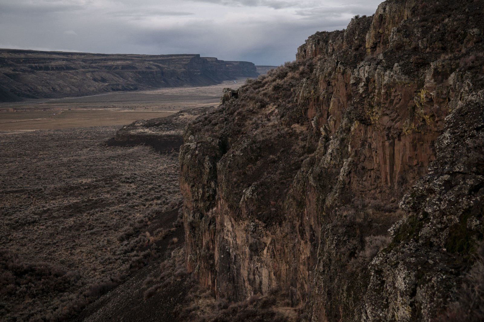 The Moses Coulee landscape near the TNC field station and north of Highway 2 in early winter. Photo by Nikolaj Lasbo.