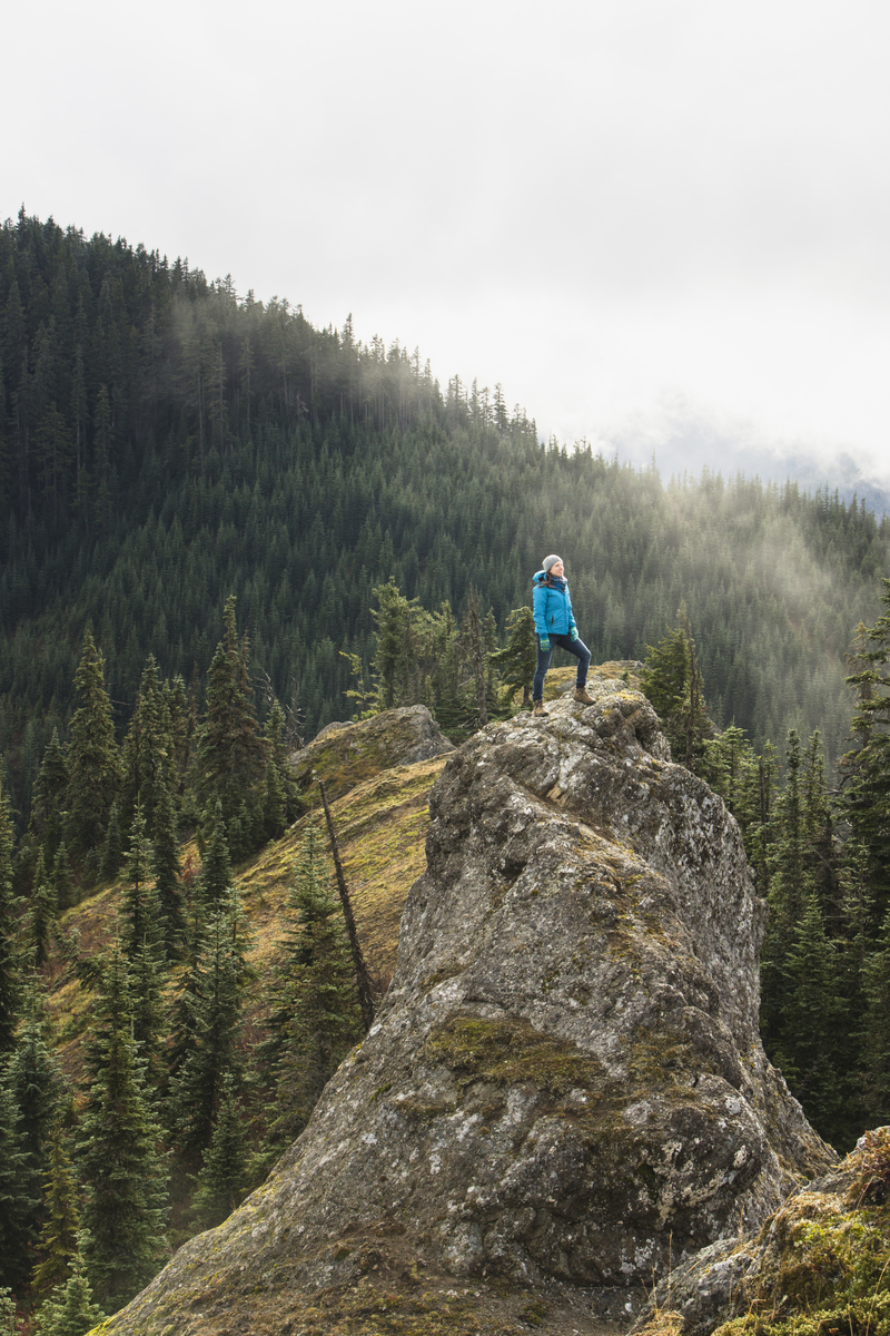 The Conservancy's Molly Bogeberg on Cabin Mountain in the Central Cascades. © Benj Drummond