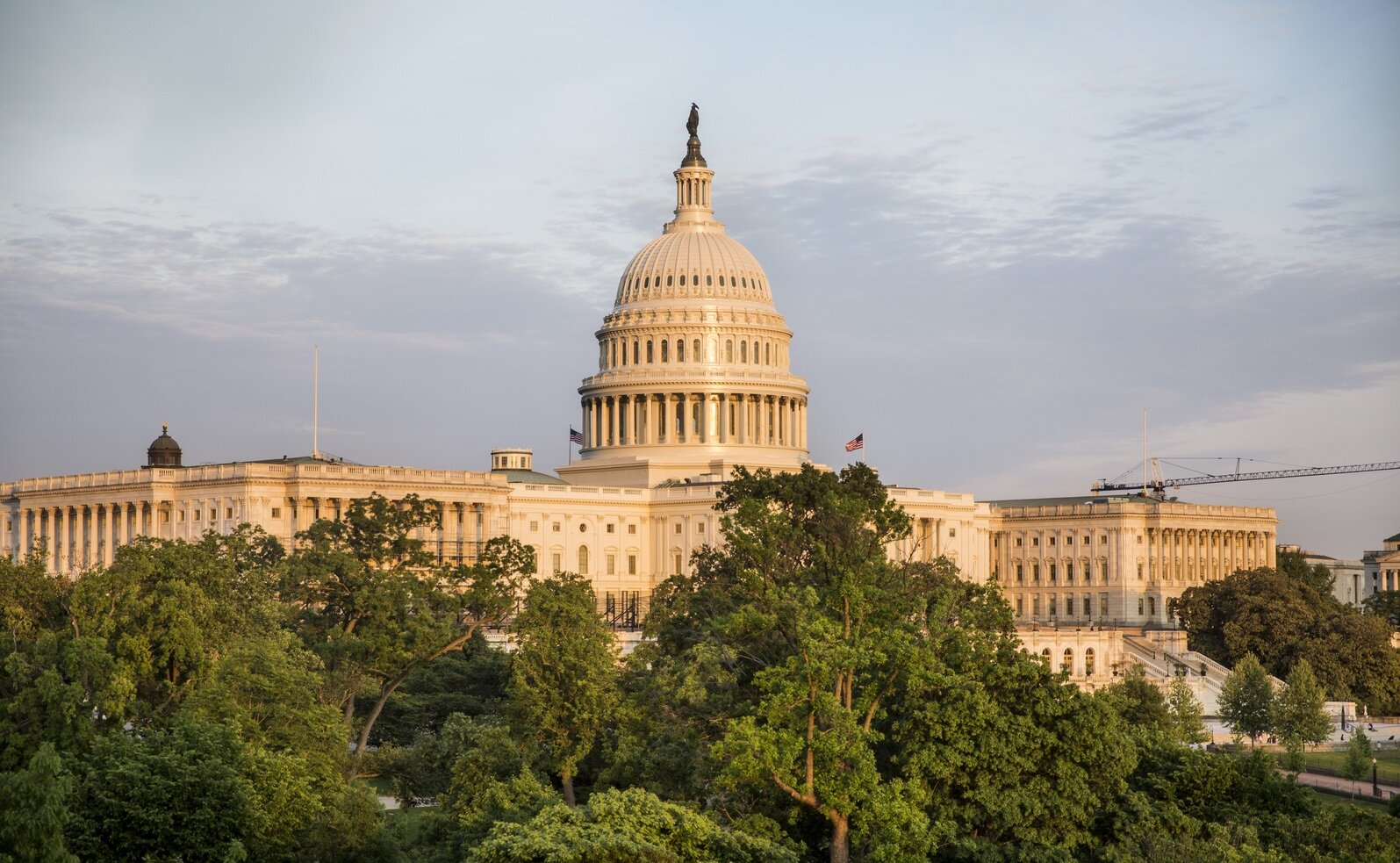 10th Congressional District Debate