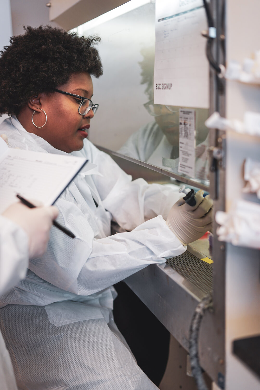 Dr. Tiara Moore, a postdoctoral fellow at The Nature Conservancy and the Environmental Genomics Lab of the University of Washington, processes eDNA samples from TNC's Ellsworth Creek Preserve. Photo by Courtney Baxter / The Nature Conservancy