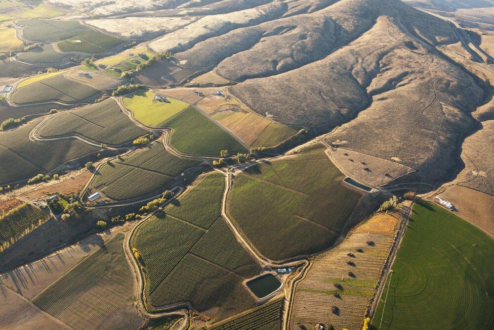 Irrigated farmland thanks to Yakima River by Benjamin Drummond.jpg