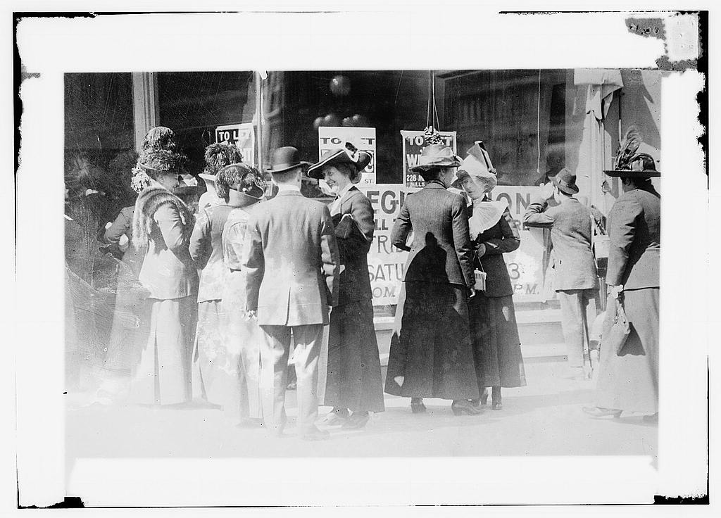 Women registering to vote in San Francisco, CA, Library of Congress.