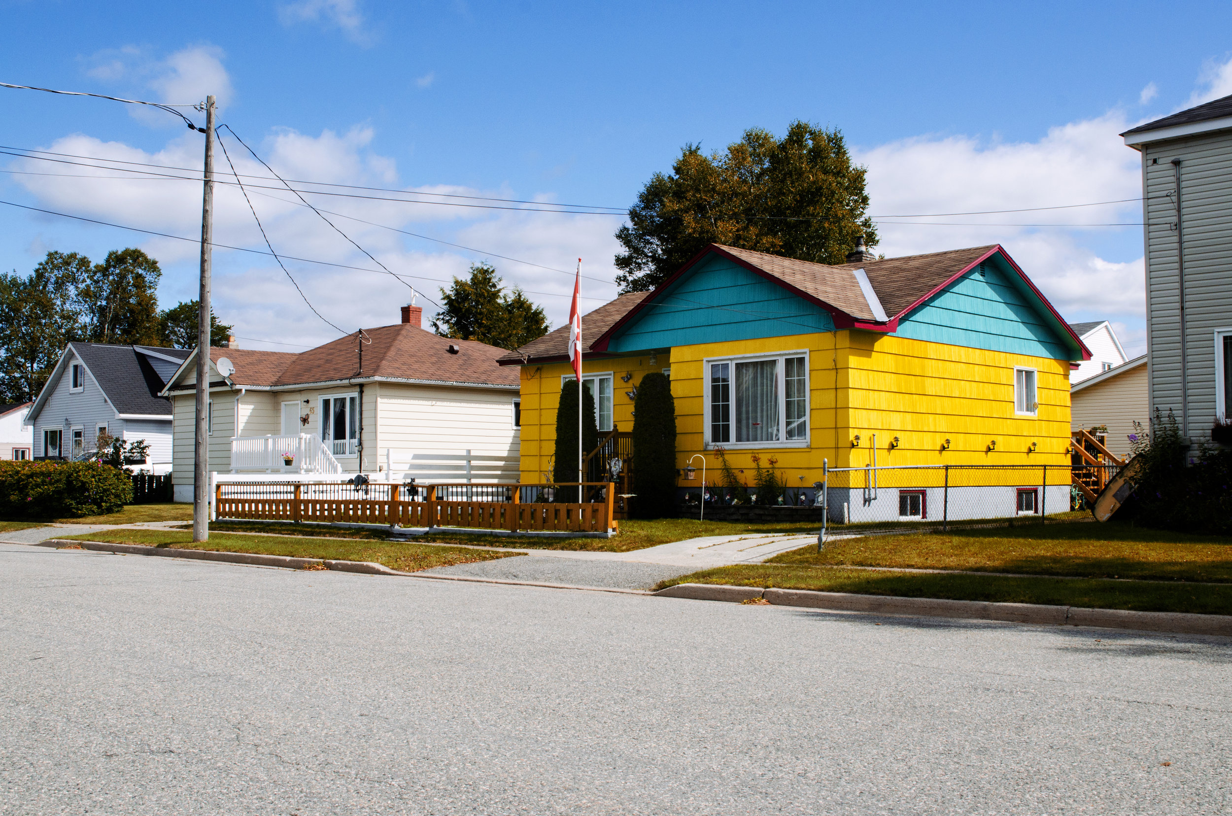Jenkins, Cheyenne. Yellow House. 2017. Digital Photography. Wawa, Ontario