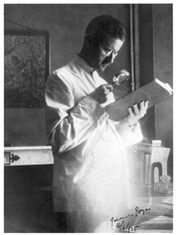 James Joyce, photograph by Sylvia Beach, Paris, Bloomsday 1925. Image courtesy of the Poetry Collection of the University Libraries, University at Buffalo, The State University of New York. Used with permission.