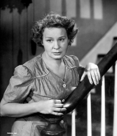 Shirley Booth as Lola Delaney.