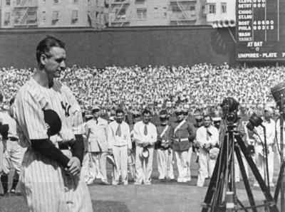Gehrig bids farewell to Yankee Stadium, 1939.
