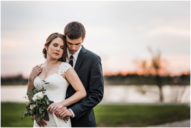 Dayton-Wedding-Photographer-Eastwood-MetroPark_0053.jpg