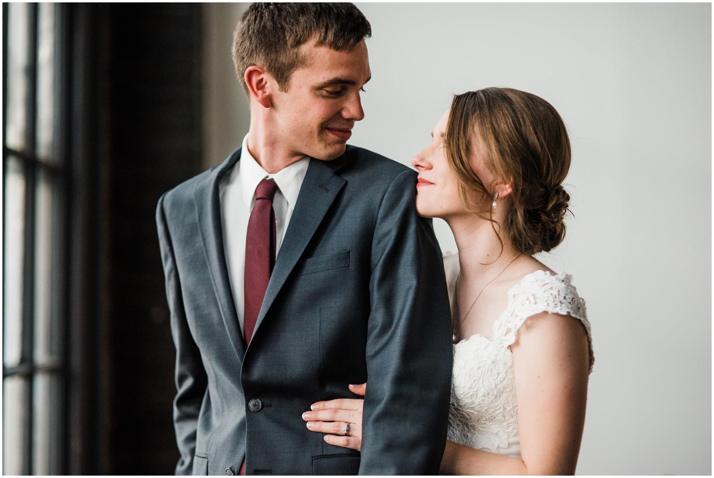 Dayton-Wedding-Photographer-Eastwood-MetroPark_0032.jpg