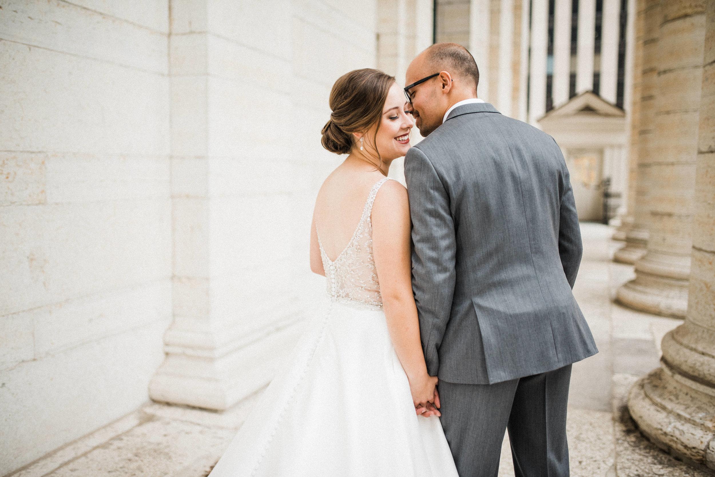 -Chelsea-Hall-Photography-Old-Courthouse-Wedding-Dayton-Ohio-33.jpg