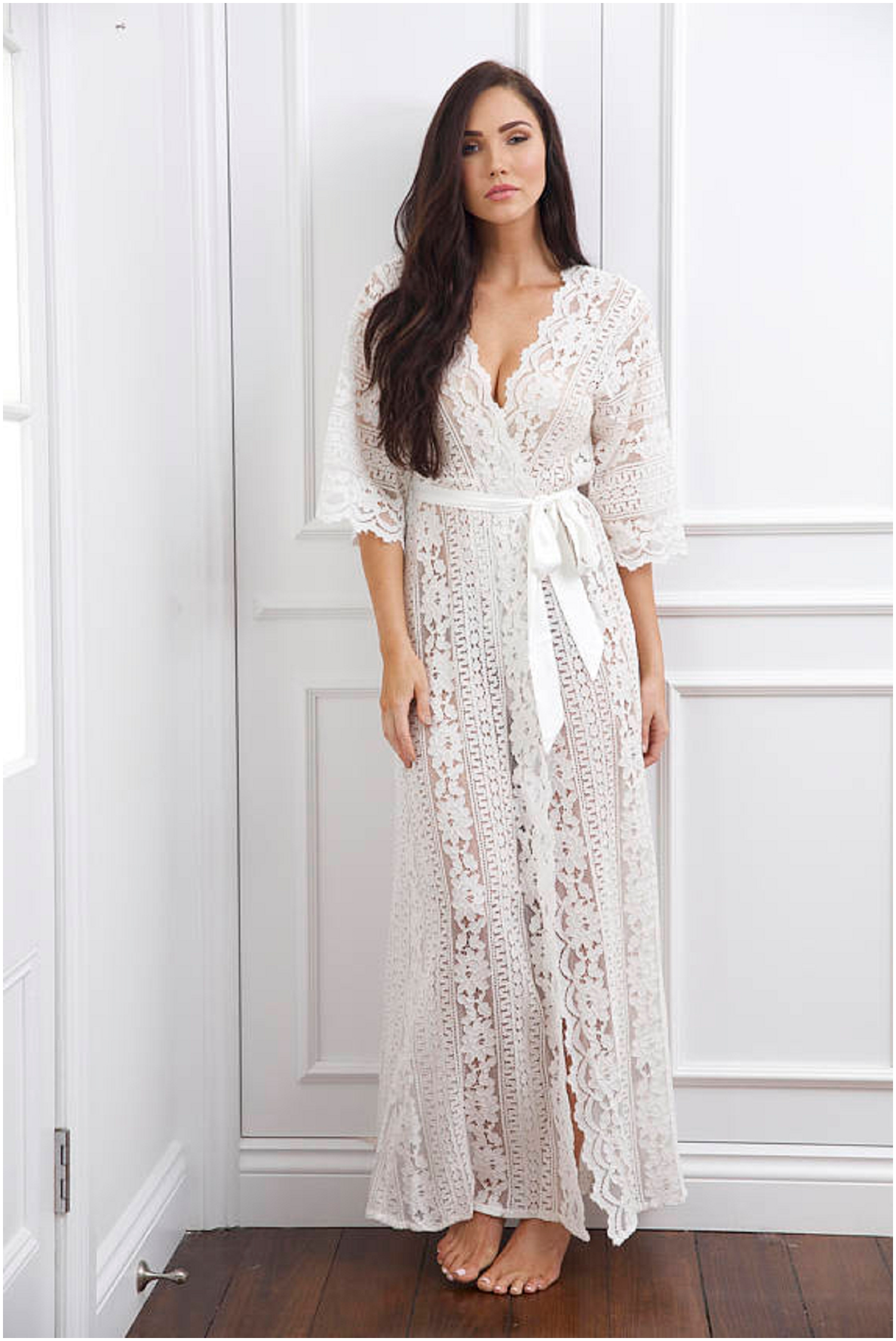ALL. THE. LACE. Oh my gosh, I want this for myself!