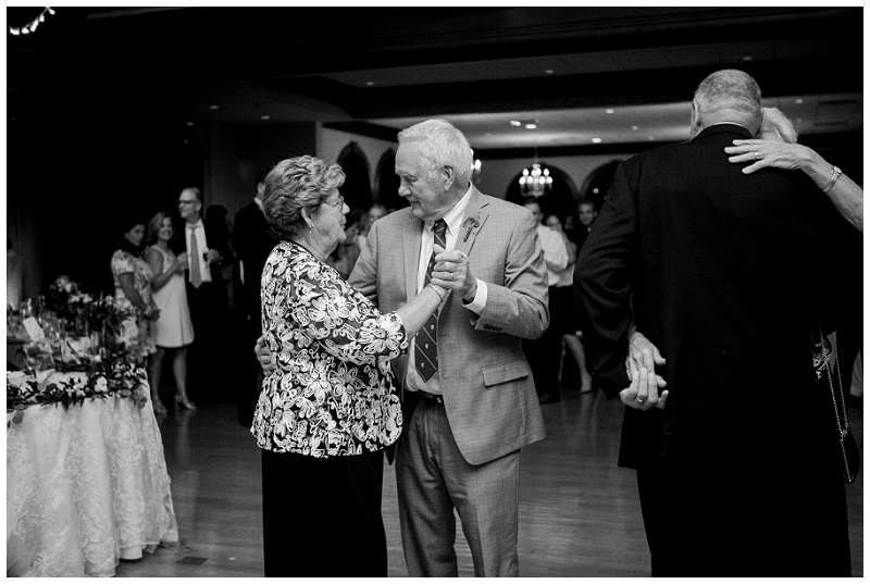 dayton wedding photography _ chelsea hall photography_dayton country club_0164.jpg