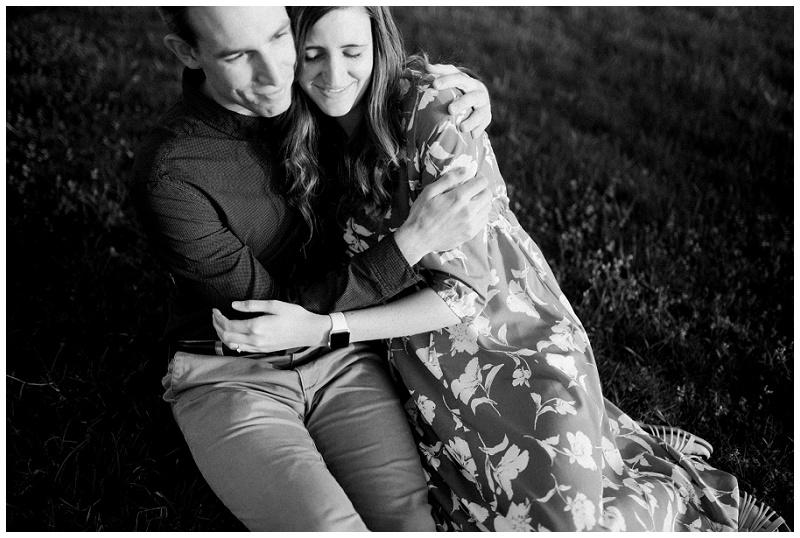 Sierra & Justin   Spring Eastwood MetroPark Engagement Portraits
