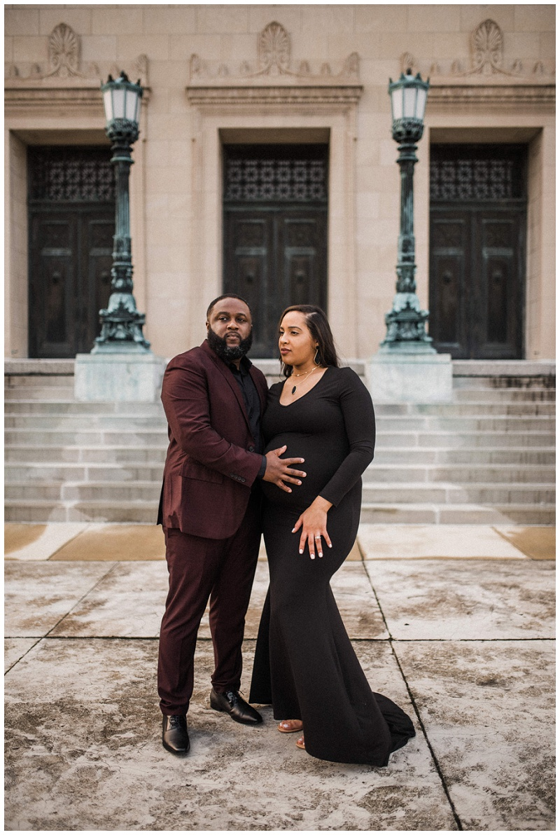 Lifestyle Maternity Portraits   Dayton Masonic Temple