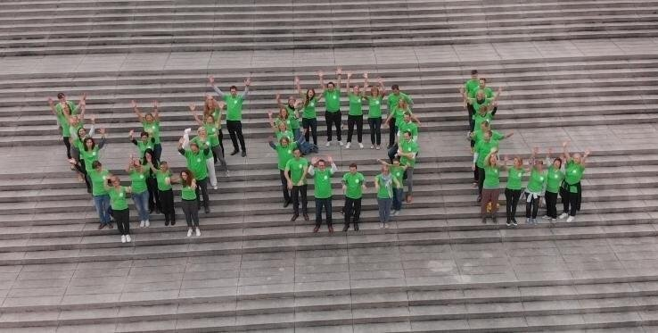 WOL Circle selfie - Deutsche Messe.JPG