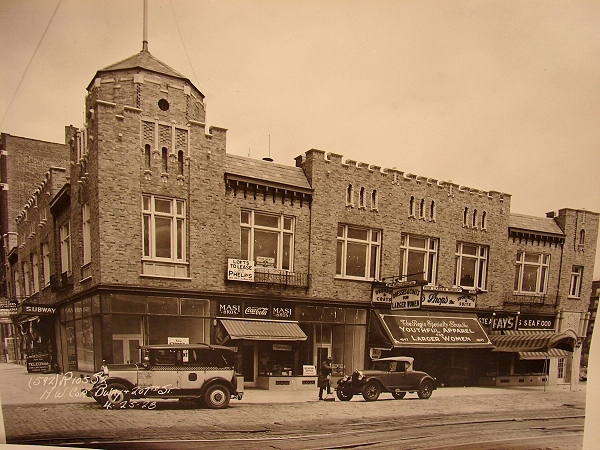 Dichter Pharmacy Storefronts