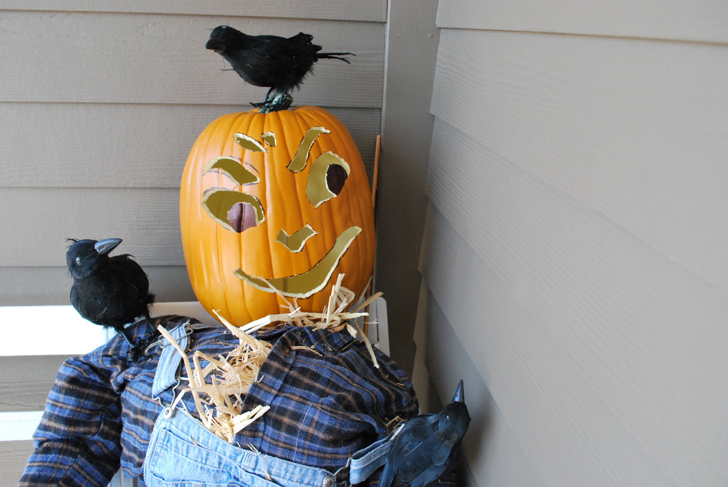 A Warm Scarecrow Welcome at Claire's on Cedros Restaurant