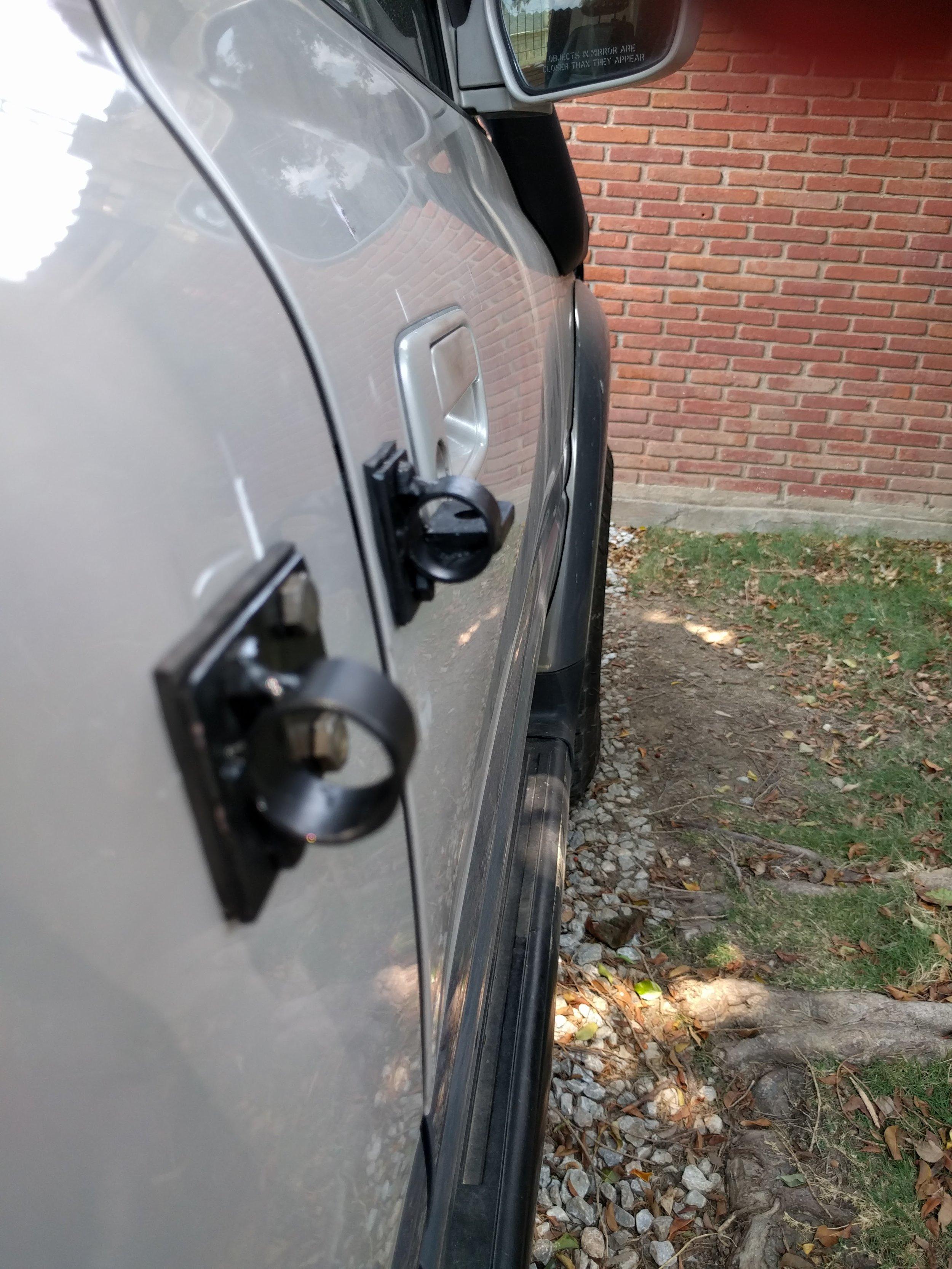 external lock brackets.jpg
