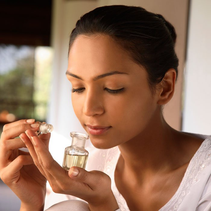 Essential oils, relaxing companion - You can takes aroma ticks everywhere you. If you're having a stressful moment at work, just dab some on the temples of your forehead and wrists for a quick relief.We reccommend: For everydayAveda Stress Fix Aroma : Click here to buy on Amazon.For anger and headaches:Aveda Cooling Aroma : Click here to buy on Amazon.