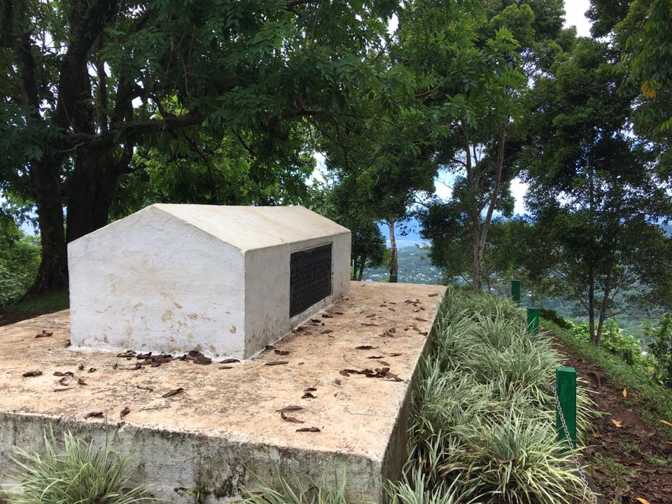 The isolated tomb of legendary Scottish novelist and poet Robert Louis Stevenson photographed by Mariano Rolando Andrade during his travels in the South Seas in 2016