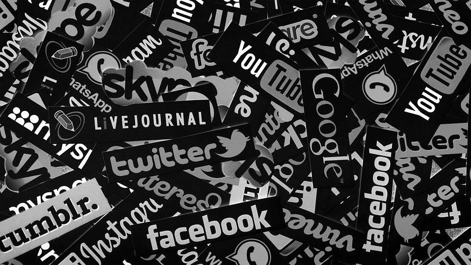 social-media-1806995_960_720.png