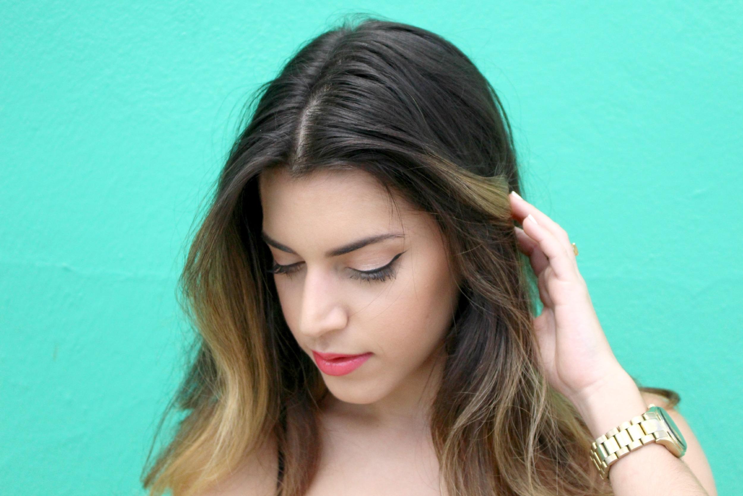 "Foundation // L'Oreal True match  Eyeshadows from Jaclyn Hill's Favorite Palette // Morphe Brushes  Contour // Kat Von D Shade and Light Palette  Lipstick // ""Snow Peach"" Revlon"