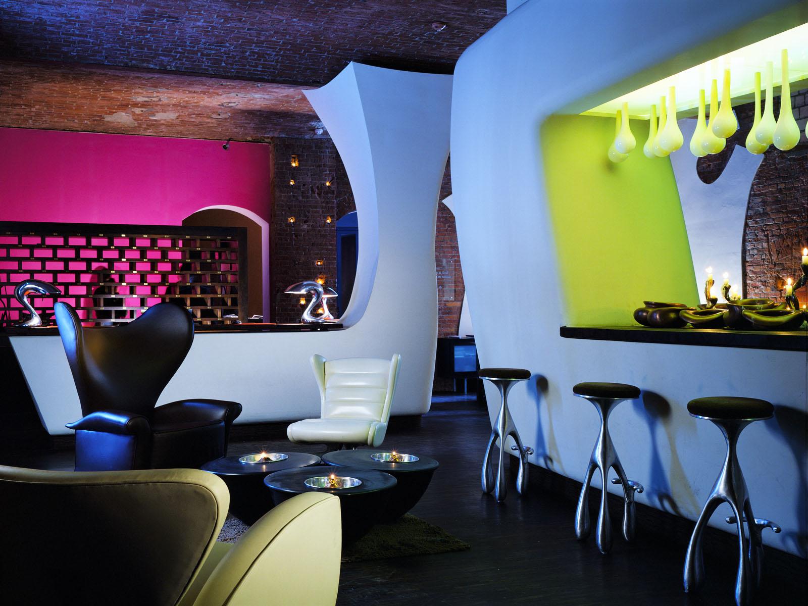 Lobby Reception Bar