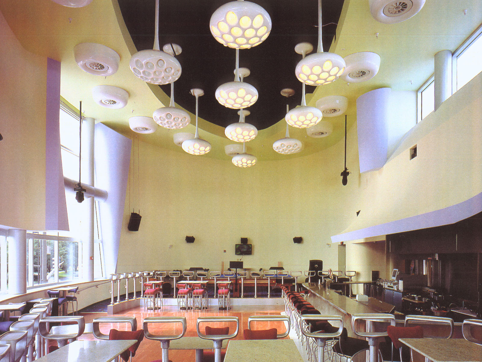 XS Rotunda interior.jpg