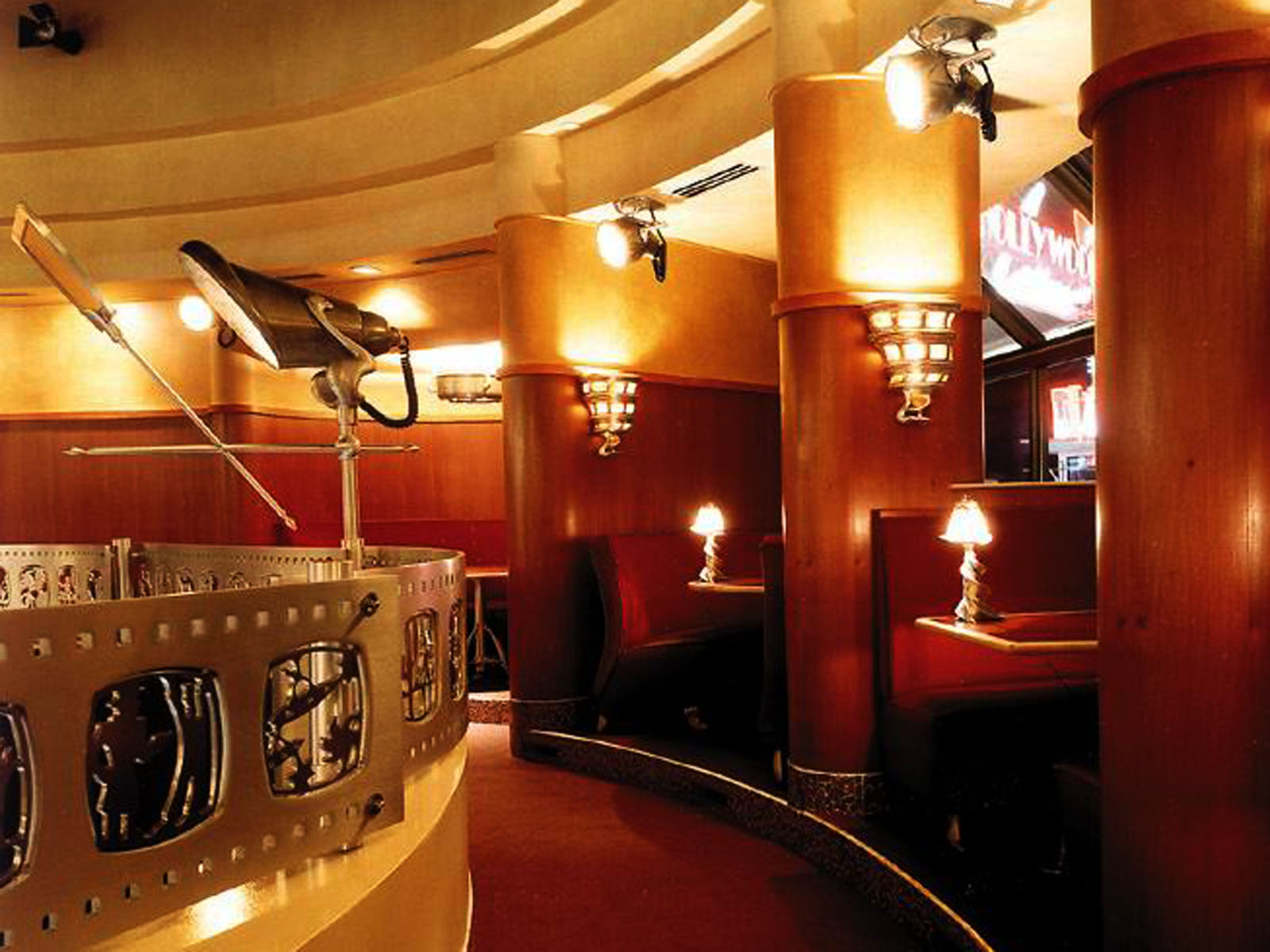 Hollywood Casino 2.jpg