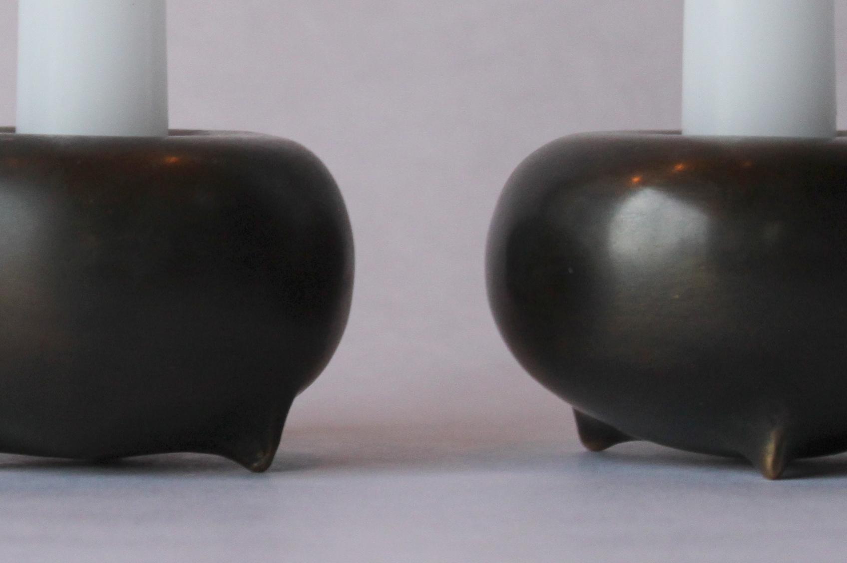 Donut Candlestick Detail.jpg