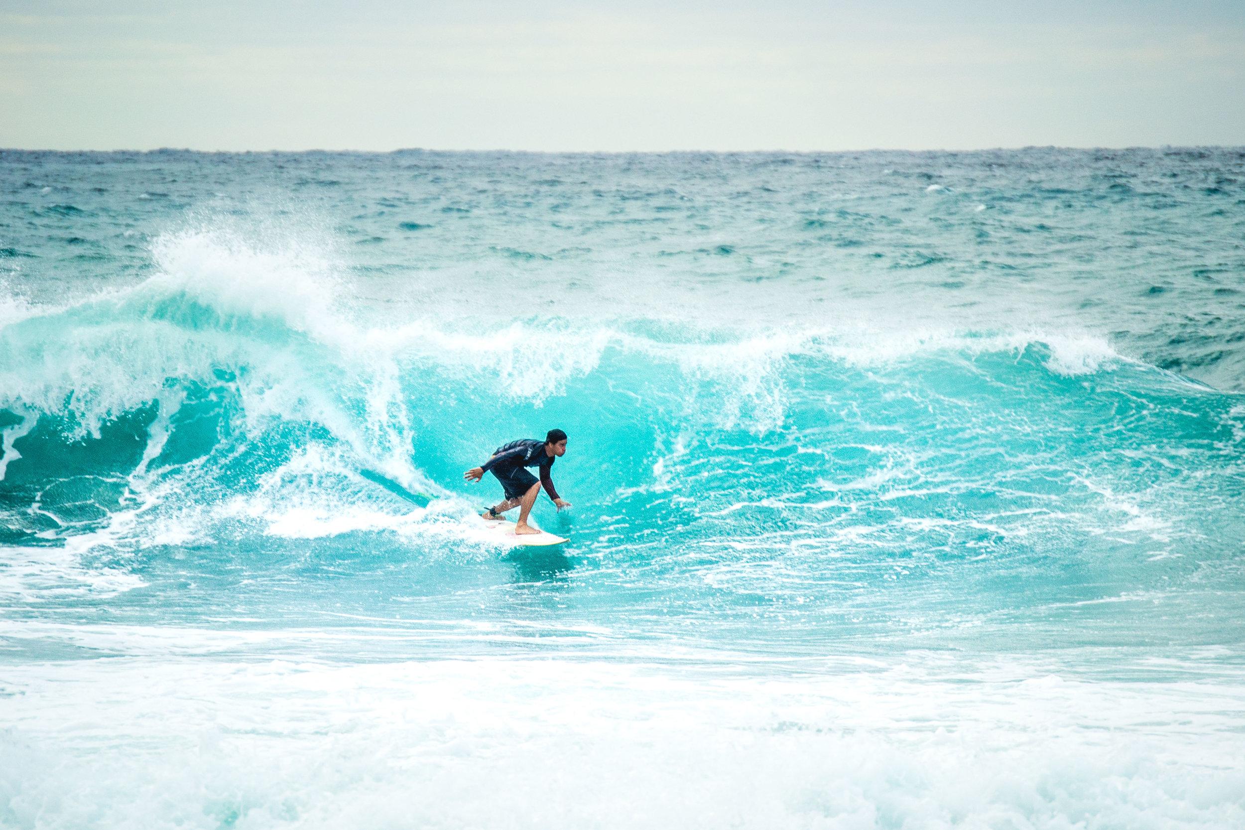 olapi-creative-cuba-trip-surf