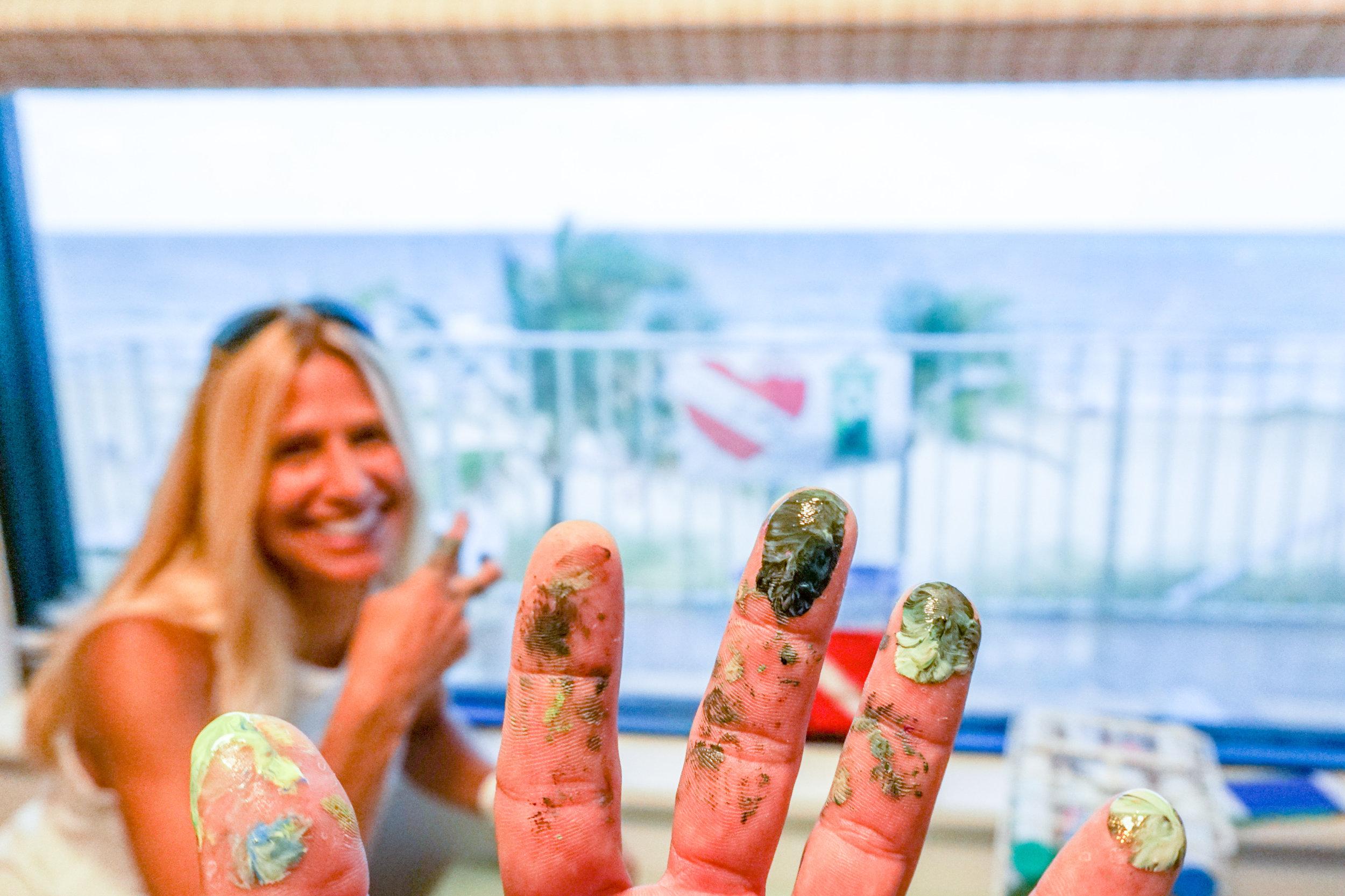 olapi-creative-blue-business-spotlight-sos-lisa-miceli-fingers