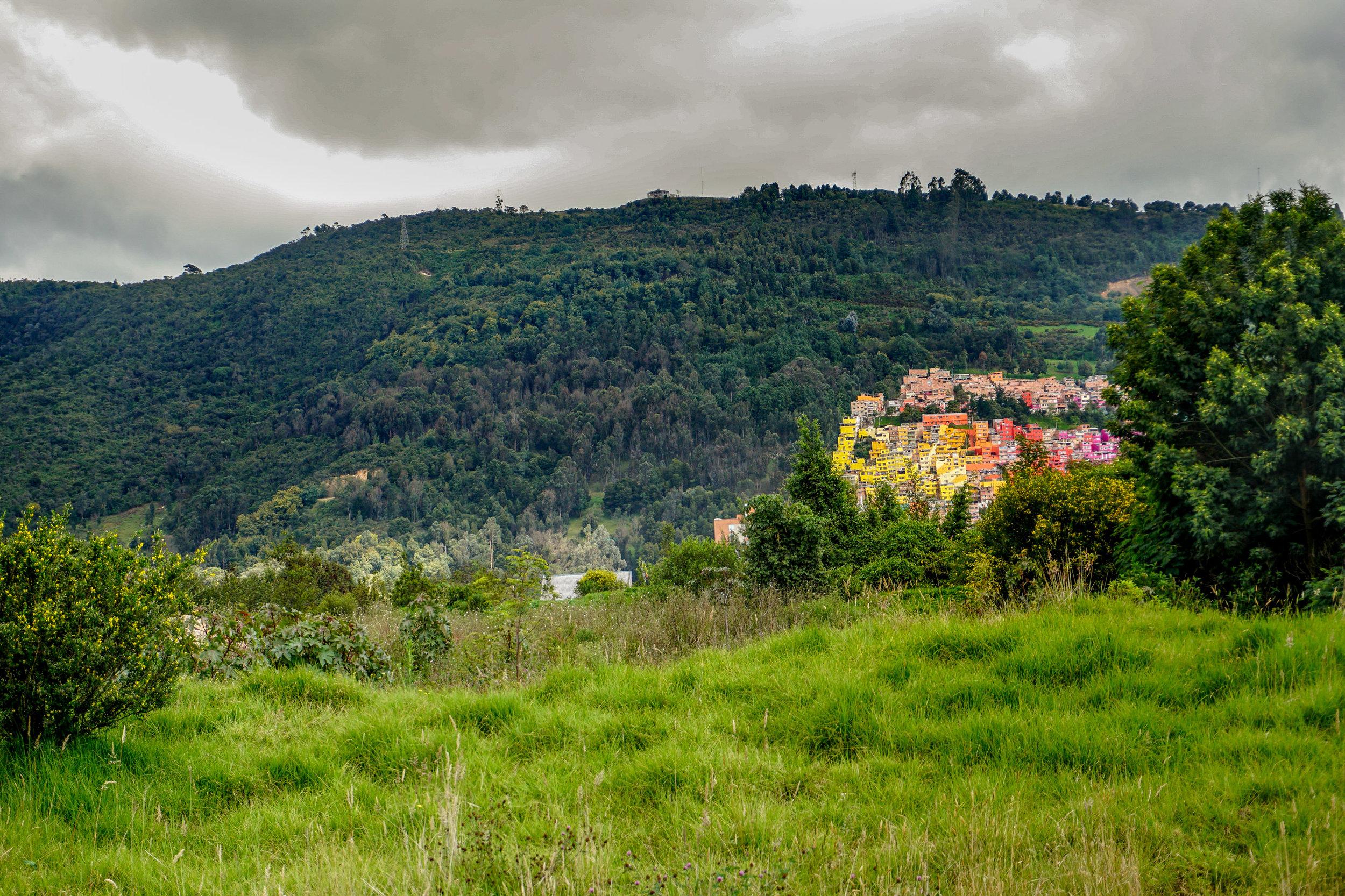 olapi-creative-colombia-town