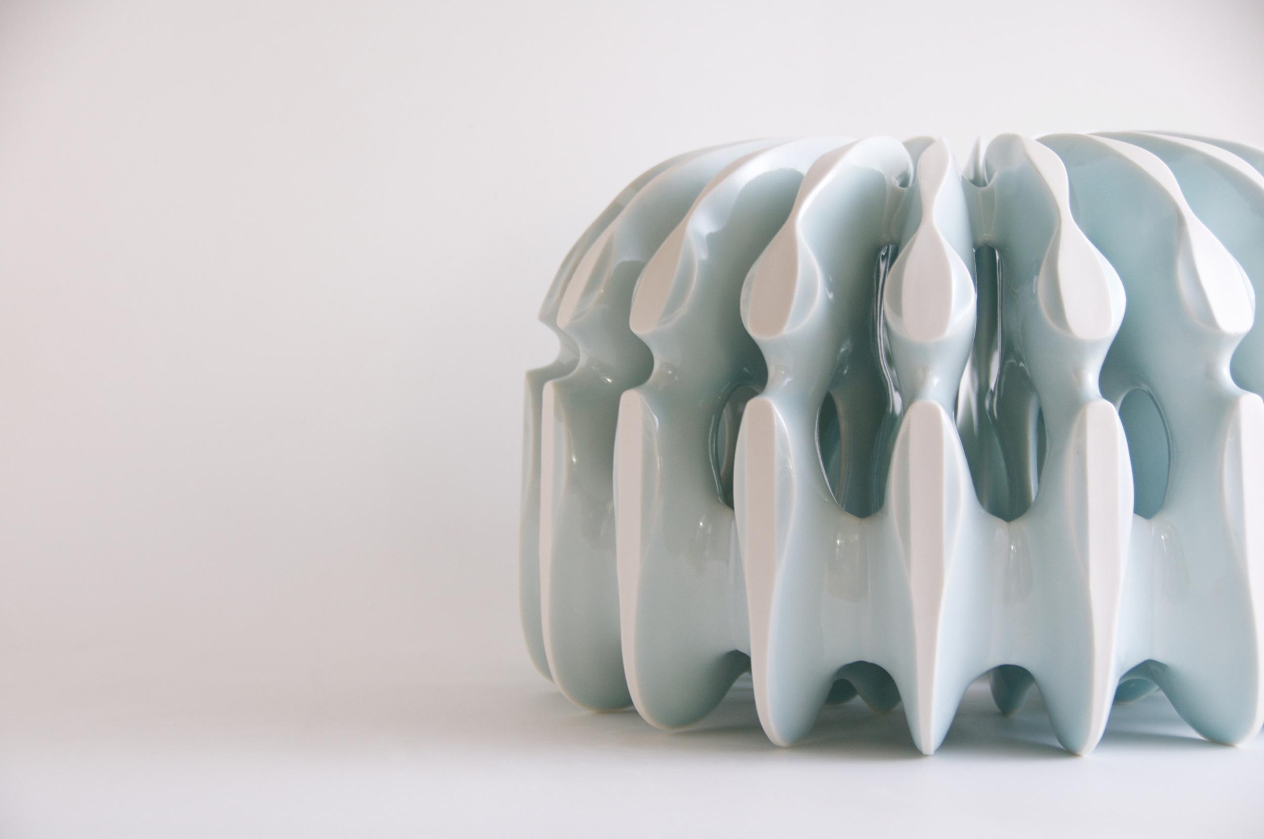 'Dome' 2016, Kenji Uranishi, slip-cast porcelain
