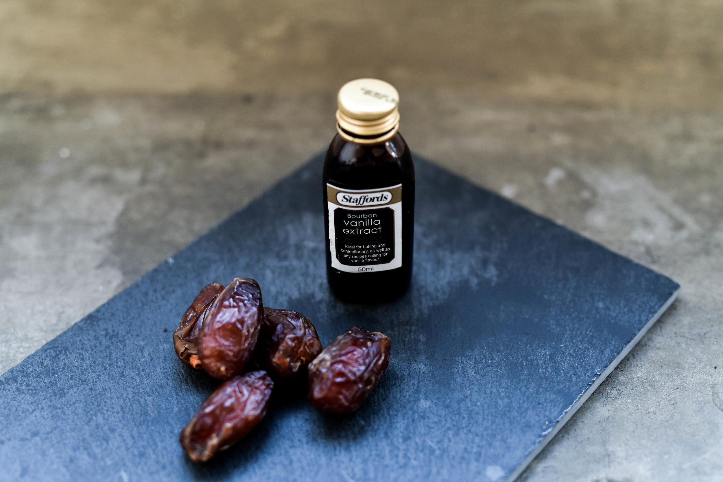 Flavour - 2 Drops Vanilla2 Pitted Dates2 Shakes Mixed Spice1 Tsp Hemp Protein1/2 Tsp Maca Powder