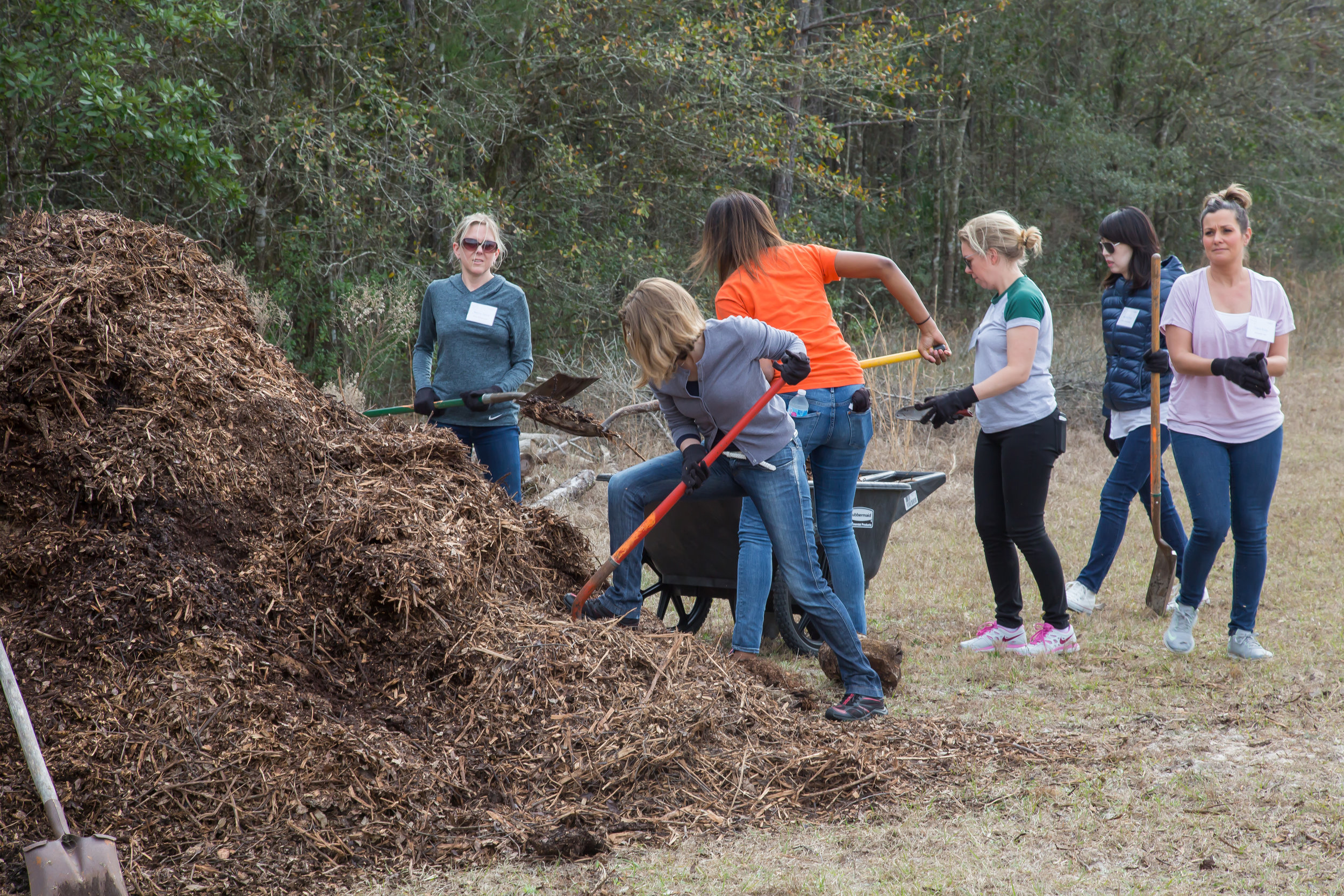 Newell Brands Day of Caring 2018-022.jpg