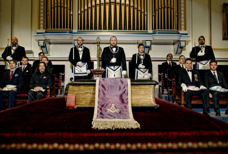 An Assembly of Amicable Lodge's Members.