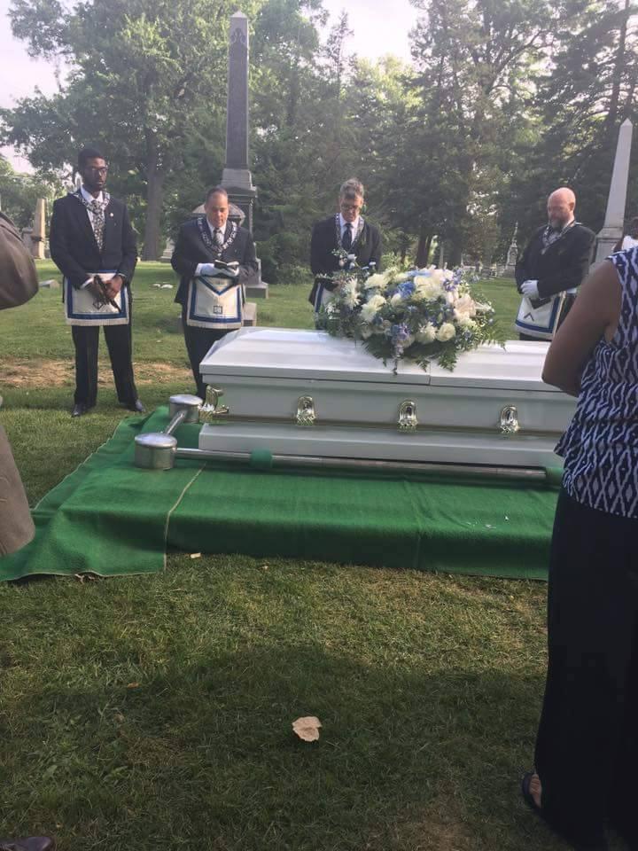 4br at graveside.jpg
