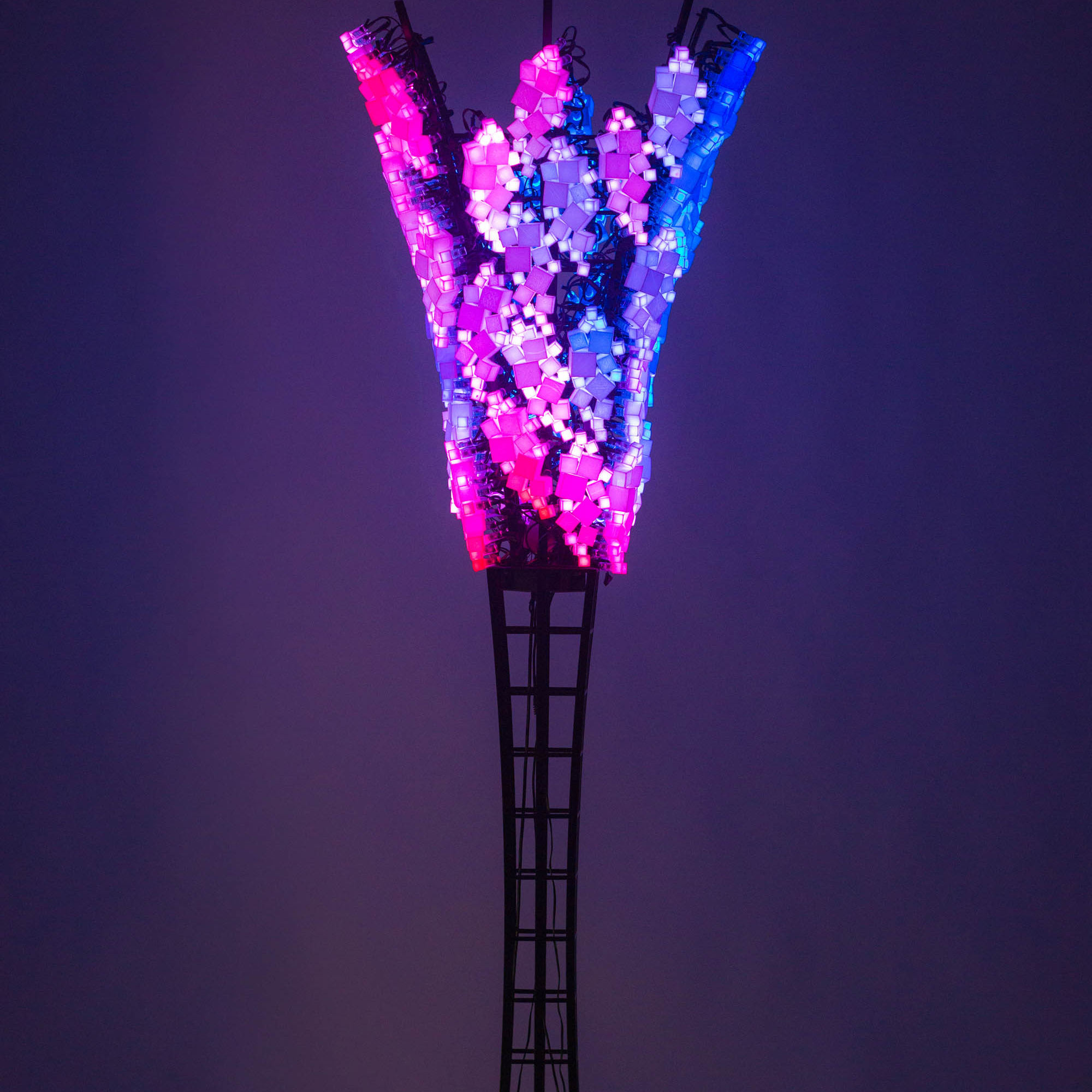 Charles Gadeken art | Squared[mini] | interactive LED tree