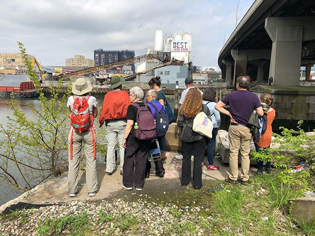 Do you know how to get to Flushing Creek? We're once again sharing our favorite walking route to the Creek during our second #CreekScapes19 walking tour with @queenscapes and @nych2o on Saturday, July 20 at 4PM. Join us for a journey off the beaten path through Willets Point to Flushing Creek where we will discuss new development along the coast, local history, and water quality. . 🔗 RSVP via the link in our bio 🔗 and don't forget to tag all your Flushing Creek photos with the hashtag #CreekScapes19 to be entered in our photo contest. We're excited to see your take on the rapidly changing and often overlooked landscape. . The photos above were taken under the Northern Blvd Bridge on a similar walking tour during the @mas_nyc #JanesWalk we led alongside #guardiansofflushingbay and @riverkeeper in May.