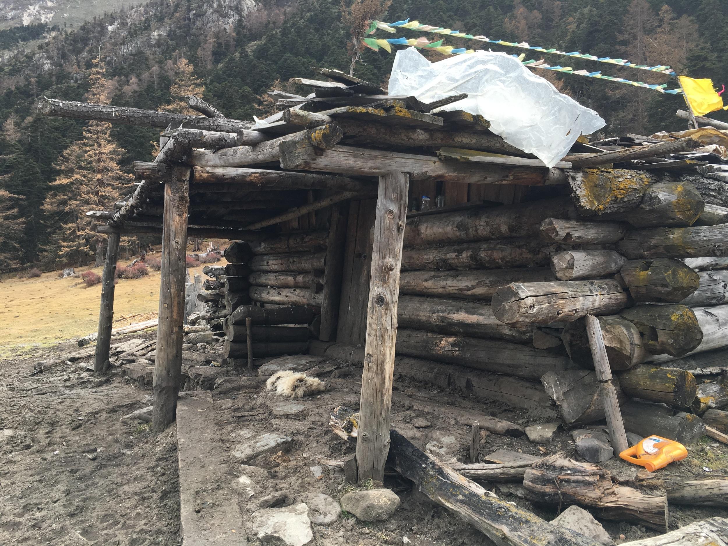 Tibetan Nomad house, abandoned for winter