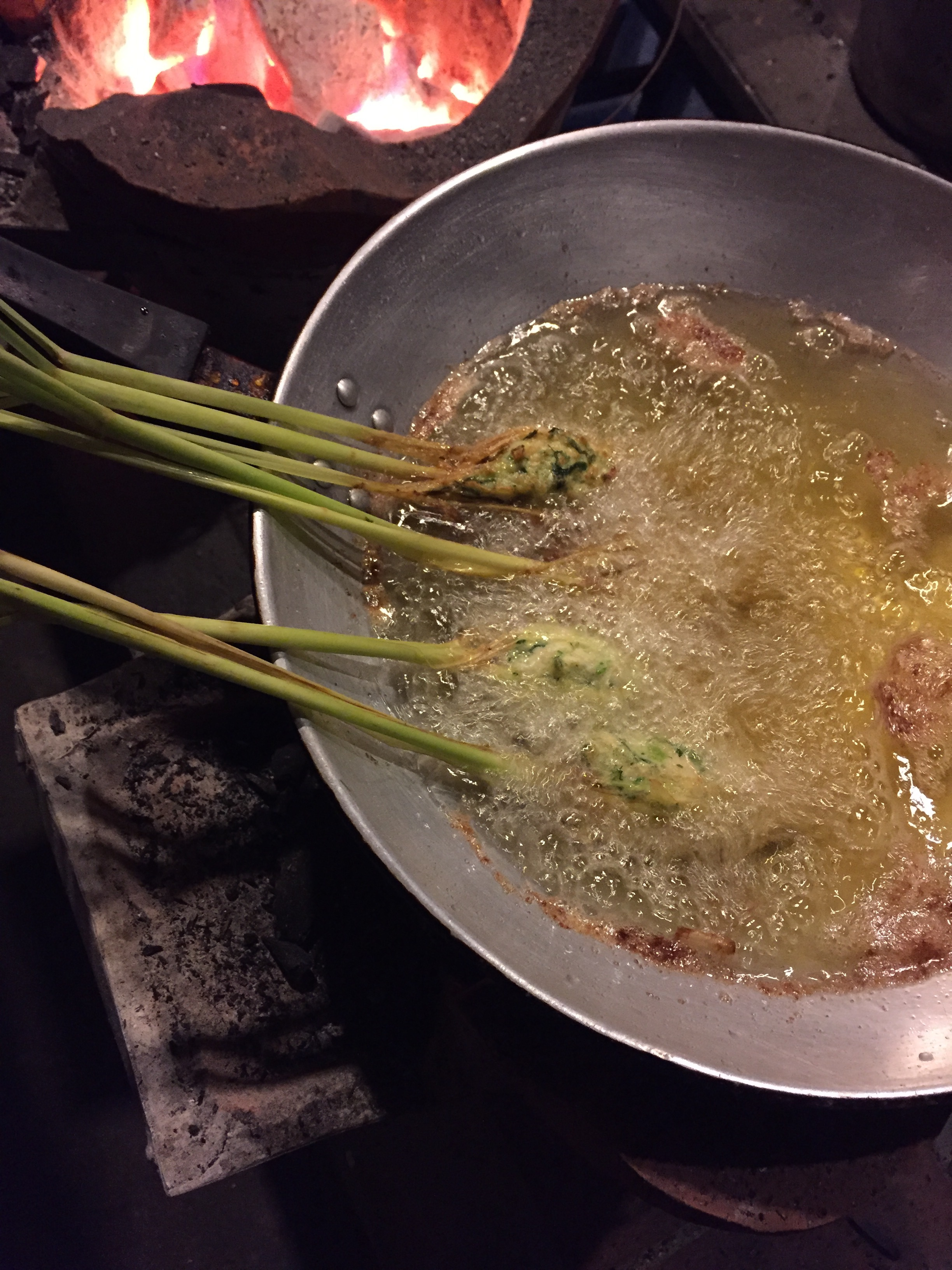 Frying our lemongrass stuffed with chicken